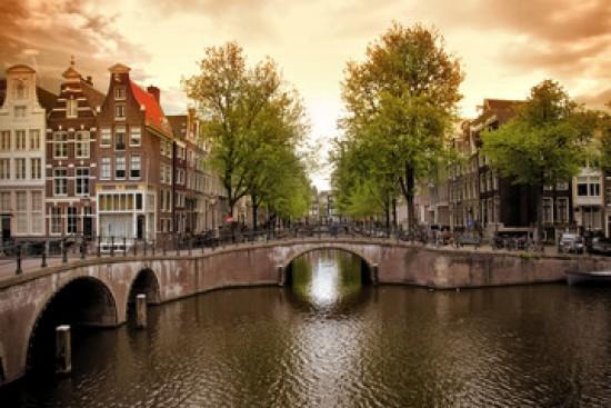 Amsterdamski kanał