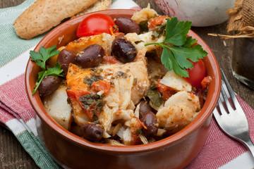 baccalà con pomodorini e olive