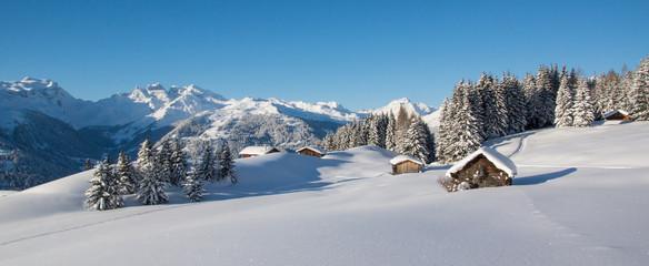 Winterpanorama in den Alpen
