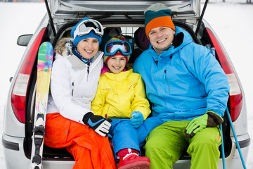 Skiing - family ready for the travel for winter vacation