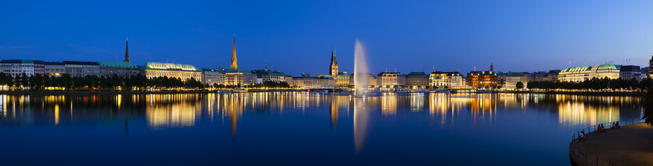 Hamburg Binnenalster At Night