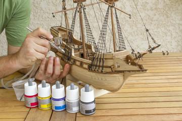 Construction d'un modèle réduit de bateau
