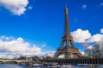 パリ エッフェル塔