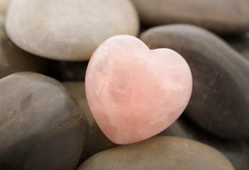 serce z kwarcu różowego
