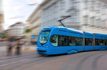 Przyspieszenie tramwaju