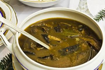 Danie wigiljne, zupa grzybowa