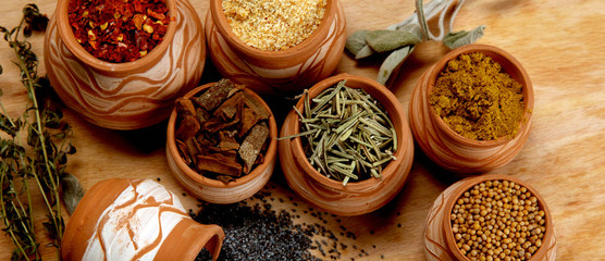 spices in clay recipients