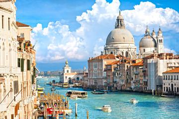 Wenecja, widok na kanał Grande i bazylikę Santa Maria della sa