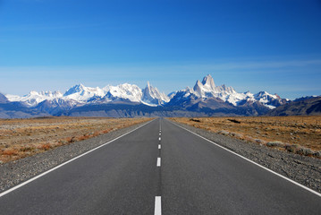 Road to Cerro Torre & Fitz Roy in Patagonia
