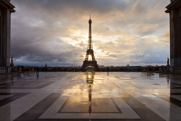 Eiffel Tower in Paris on the winter in sunrise
