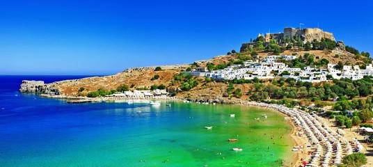 malownicza wyspa Rodos, zatoka Lindos. Grecja