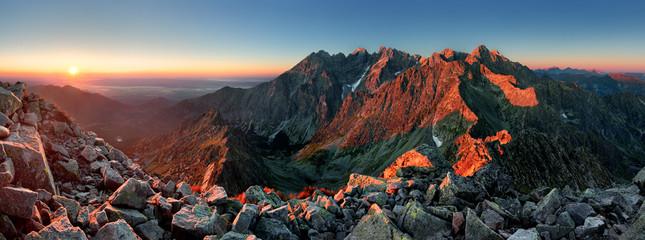 Halna zmierzch panorama od szczytu - Słowacja Tatry