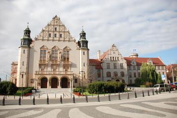 Adam-Mickiewicz-Universität
