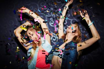 Confetti dancing