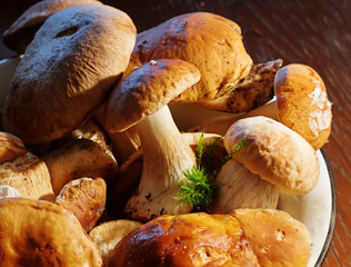 A pile of raw mushrooms on a plate