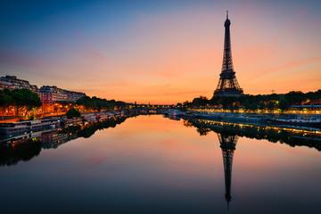 Sunrise at the Eiffel tower, Paris