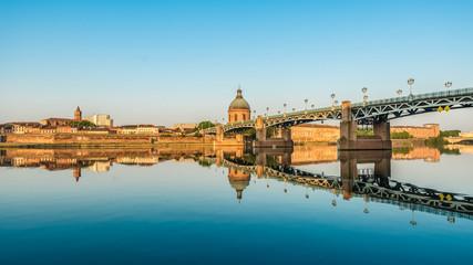 The Saint-Pierre bridge in Toulouse, France.