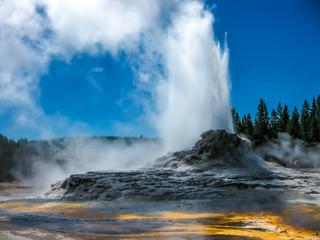 Erupcja Zamku Gejzer Yellowstone
