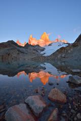 Laguna de Los Tres and mount Fitz Roy at sunrise