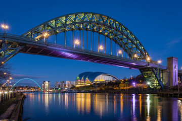 Tyne Bridge w nocy
