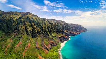 Antena krajobrazowy widok spektakularny wybrzeże Na Pali, Kauai