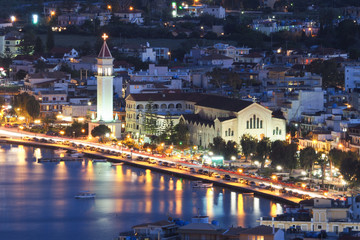 Zante Town Zakynthos Grecja w nocy. Centrum miasta, w pobliżu t
