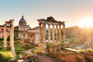 Forum Romanum o wschodzie słońca, Włochy