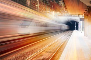 pociąg ekspresowy