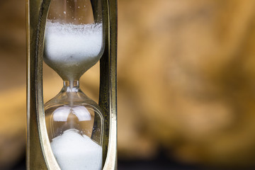 The time is measured with an hourglass