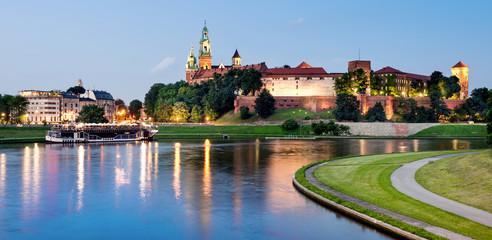 Krakovw, Poland, Wawel hill at night