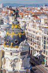 Das Edificio Metropolis im Herzen von Madrid auf der Gran Vía.