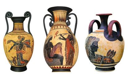 Starożytny grecki wazon na białym tle