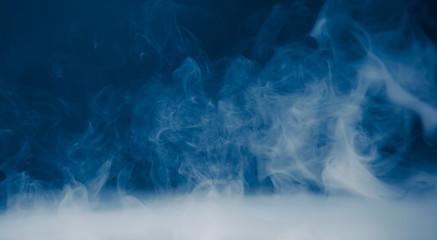 tło dymu i gęsta mgła