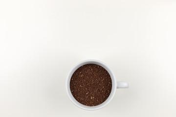 Tasse Kaffeepulver