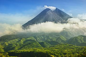 Wspina się Merapi w Yogyakarta, Indonezja wulkanu Krajobrazowy widok