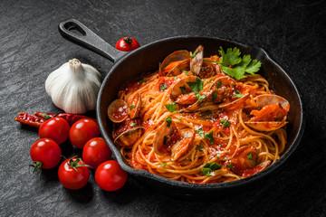 ボンゴレパスタ Spaghetti with clam and tomato