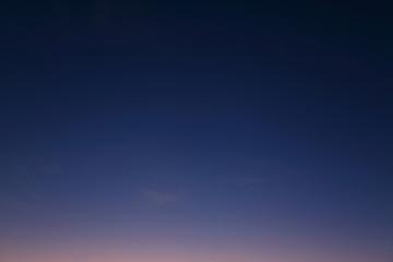 nocne niebo w tle