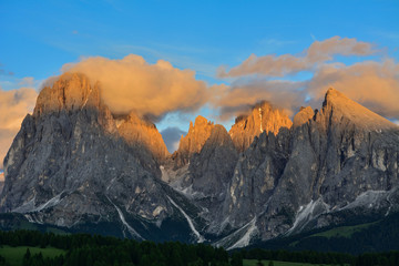 Italy south tyrol dolomites mountains Langkofel Plattkofel
