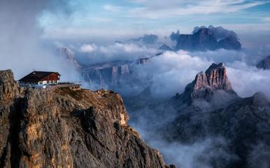 Rifugio sulle dolomiti, Italia