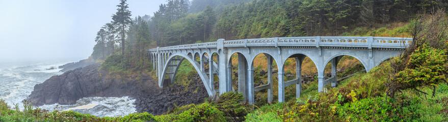 Mosty wybrzeża Oregon