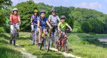 na wsi na rowerze