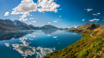 Breathtaking View at Bennett's Bluff Lookout, New Zealand -one of the most scenic drives in New Zealand that connects Queenstown and Glenorchy and overlooks Pig and Pidgeon Islands and Lake Wakatipu.