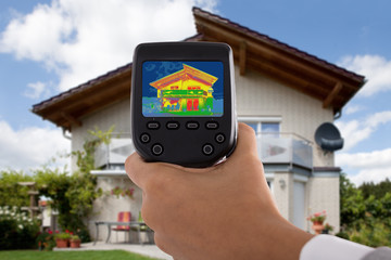 Person Detecting Heat Loss Using Infrared Thermal Camera