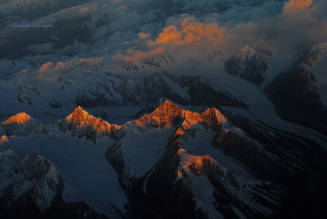 The Himalayas , from flight, a birds-eye wiew.