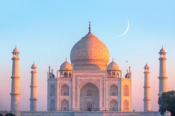 Taj Mahal i zachód słońca - Agra, Indie