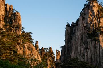 Cliffs, Huangshan Mountains (Anhui, China)