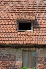 Altes baufälliges Haus