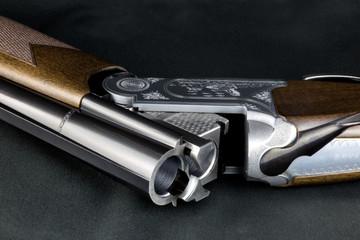 Open Shotgun on a Baize Table Top