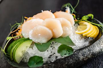 scallop sashimi on ice