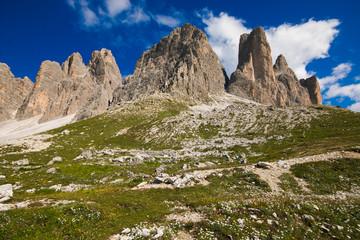 Splendida veduta delle dolomiti vicino a Sesto, Alto Adige, Italia